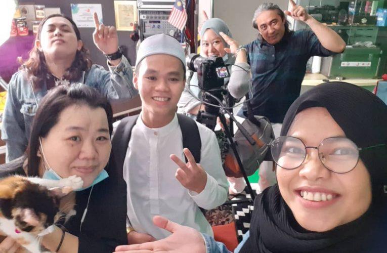 Host Carta Nusantara Melafaz Syahadah